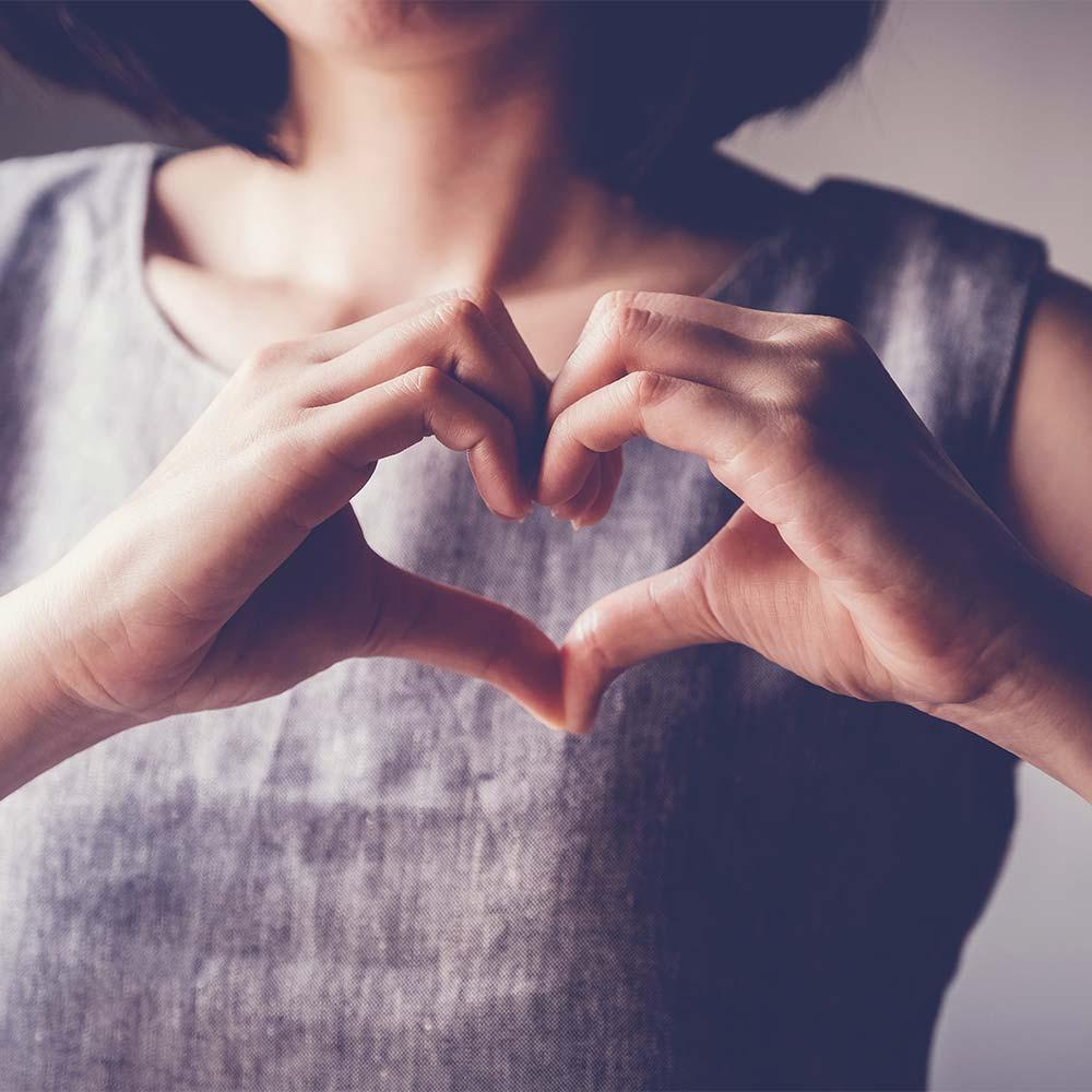 Spectrum-health-hands-heart